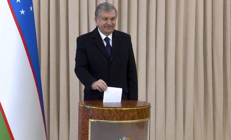 Ouzbékistan: le pays se désenclave à pas de géant