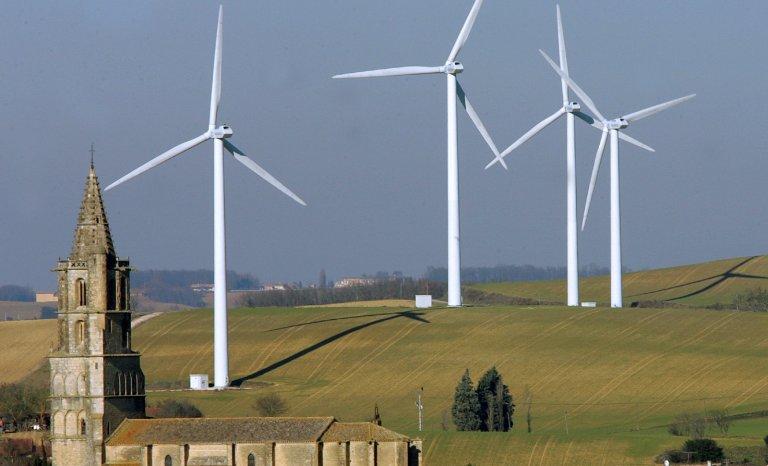 Éoliennes: Appel à Emmanuel Macron