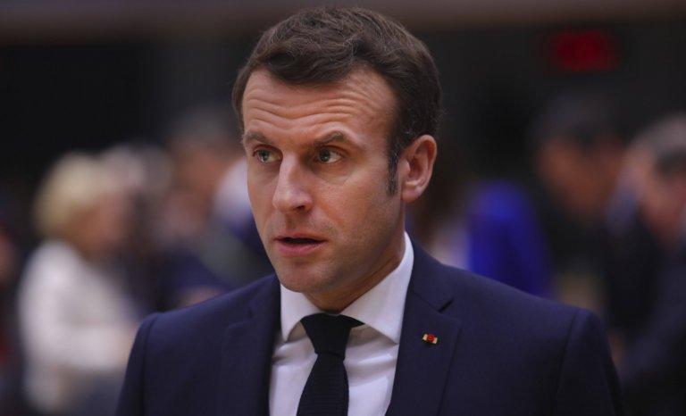 «Séparatisme»: Macron joue la carte islam-friendly