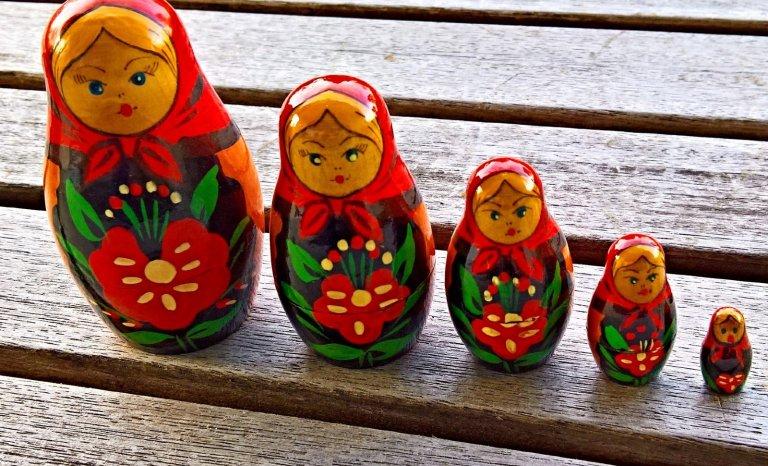 Une affaire en forme de «poupées russes»