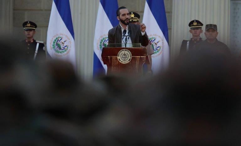 El Salvador: la lutte des pouvoirs entamée