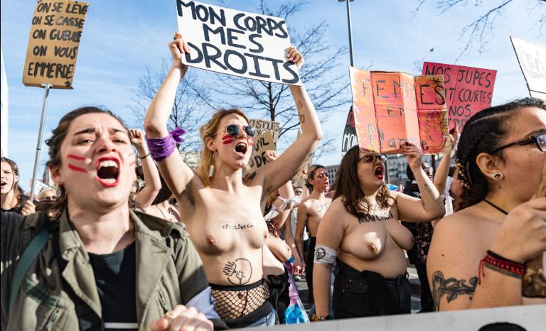 Manifeste pour l'instauration d'une journée du silence féminin
