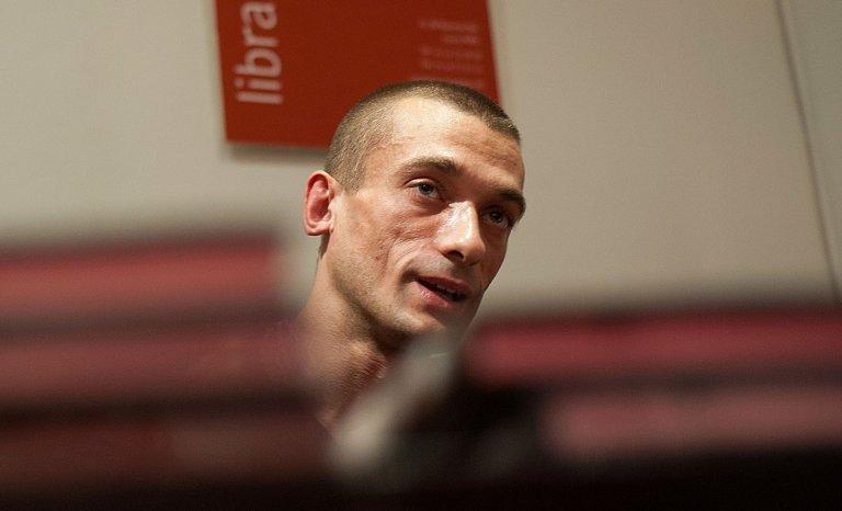 Enquête sur l'œuvre artistique de Piotr Pavlenski