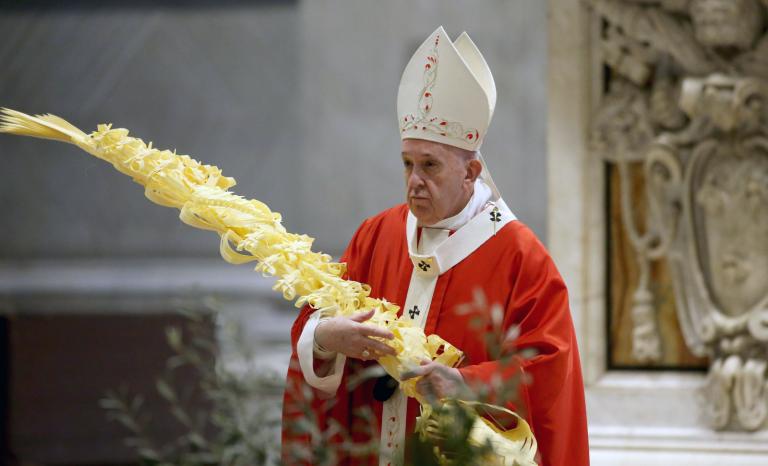 Le pape François est-il encore catholique, apostolique et romain?