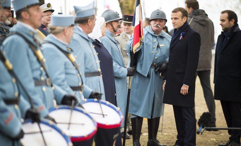 """Emmanuel Macron, un maniaque du """"devoir de mémoire"""""""