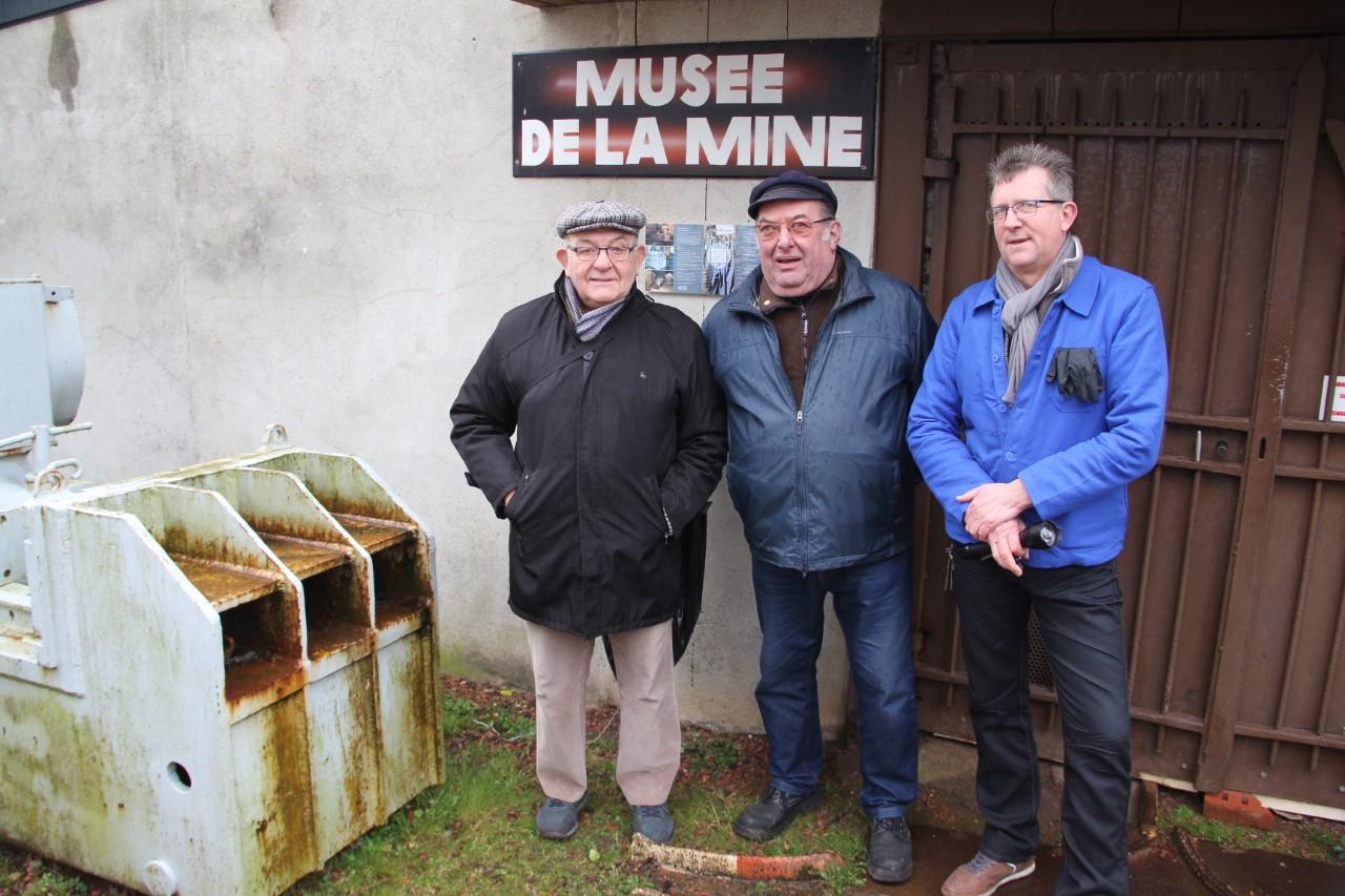 Maurice, Francis et le directeur du musée de la mine. Bruay, mars 2020. Photo : Daoud B.