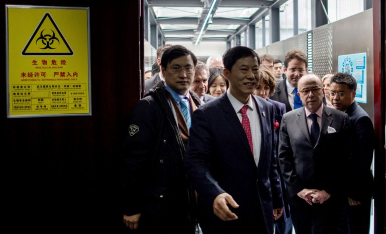 Labo P4: les tribulations des Français en Chine