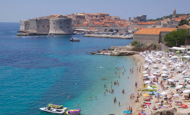 Adriatique, sortir de la masse