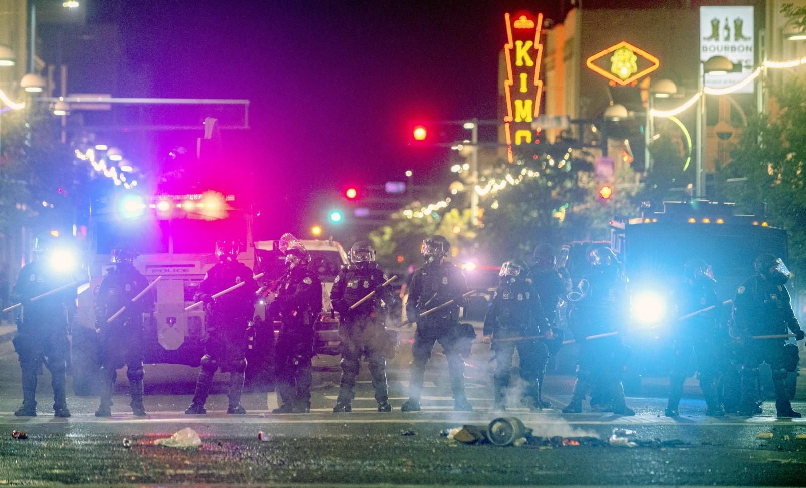 Manifestations en réaction au décès de George Floyd à Albuquerque (Nouveau Mexique), 1er juin 2020. © Anthony Jackson / AP / SIPA