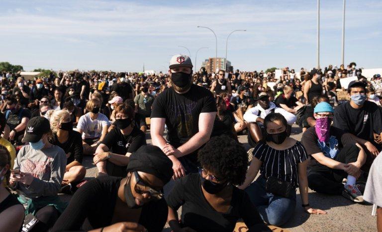 Derrière les émeutes, une cible: l'Amérique de Trump