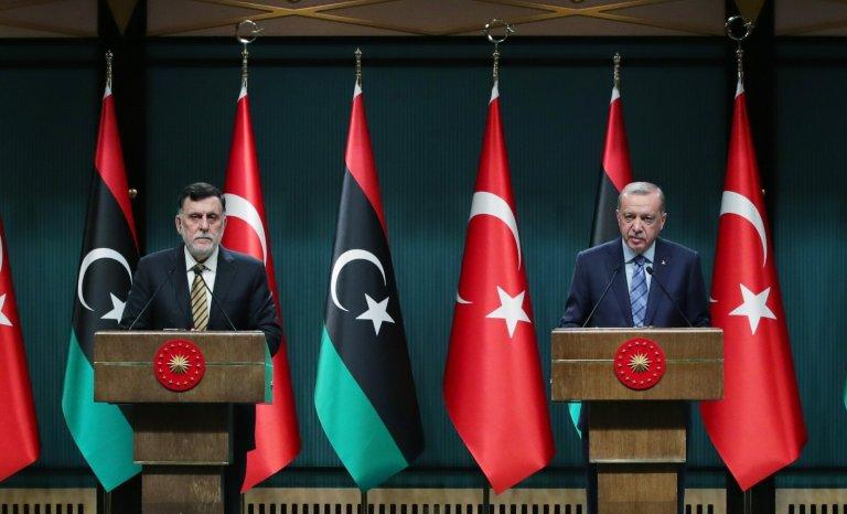 Libye: Erdogan met les gaz