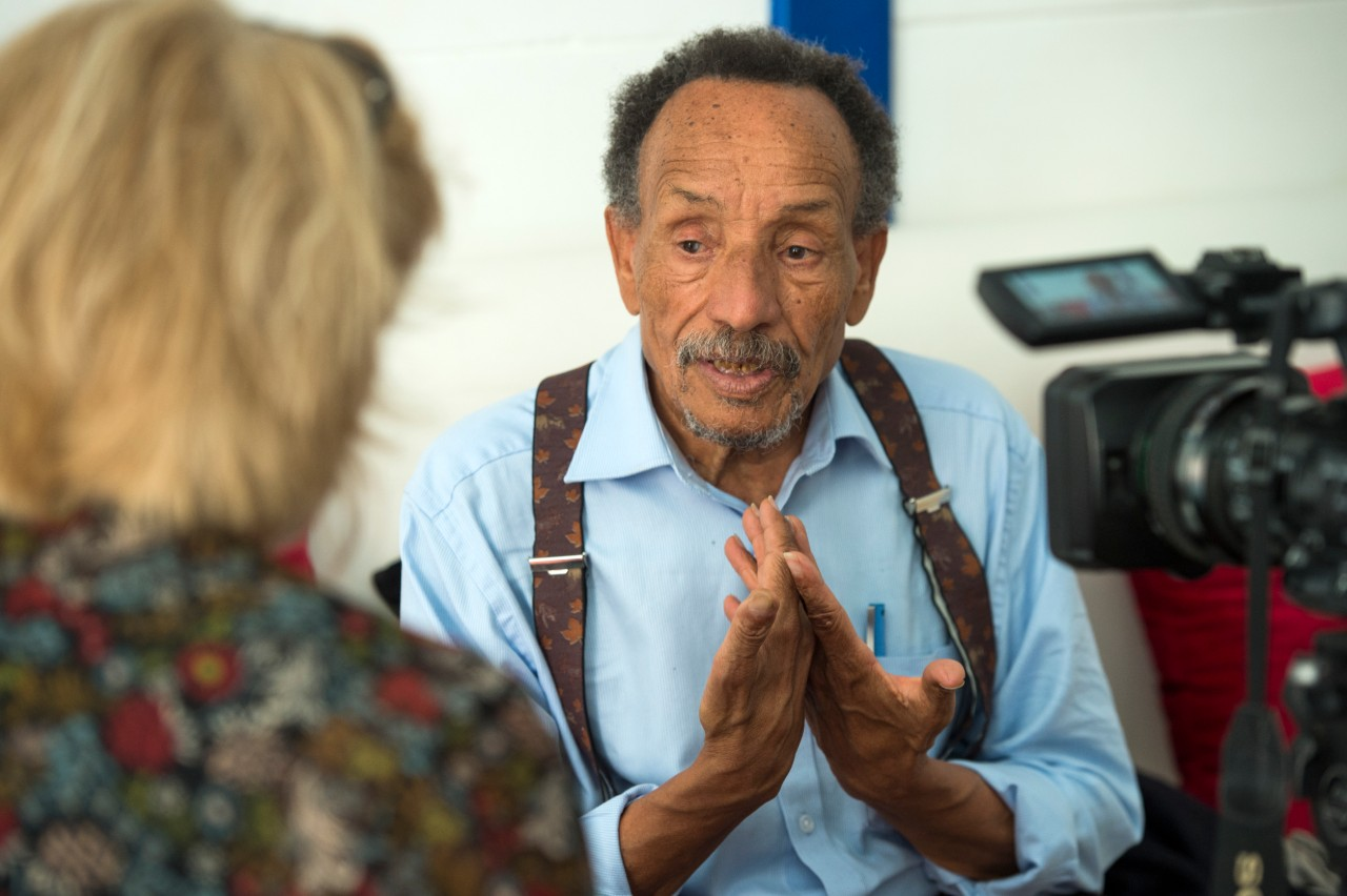 Pierre Rabhi interviewé par l'AFP à Salé (Maroc), 7 octobre 2018 © Fadel Senna / AFP.