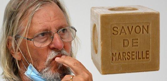 Le professeur Didier Raoult, août 2020 © Christophe SIMON / AFP Savon stickpng.com