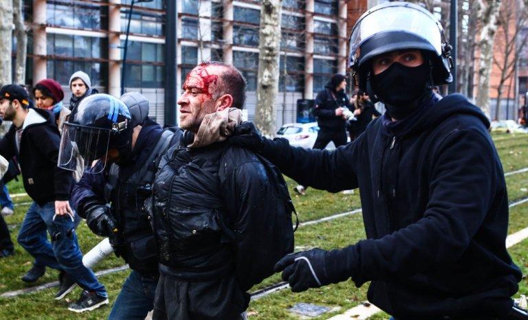 Aux origines de la violence contemporaine