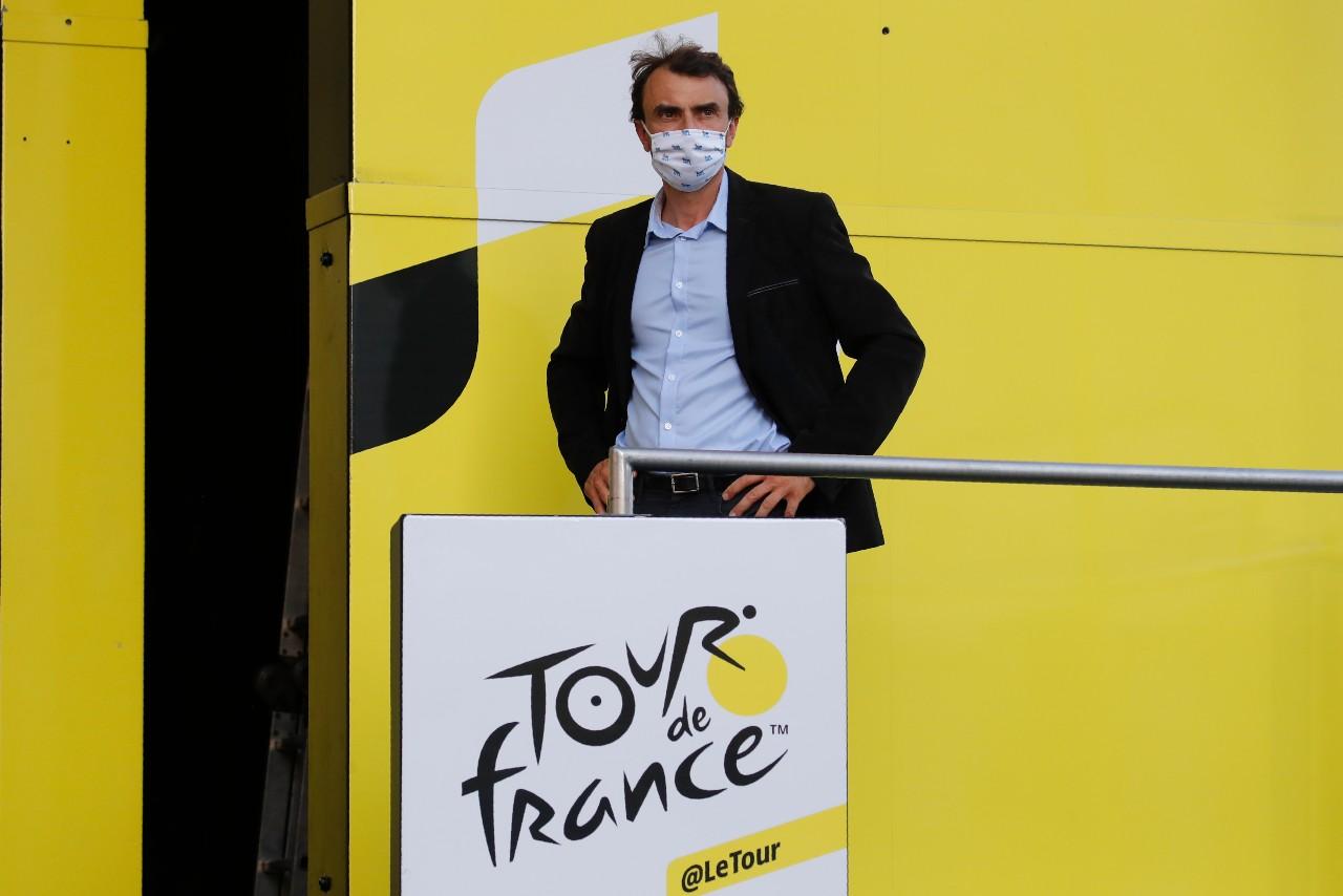Le maire de Lyon Grégory Doucet assiste à la cérémonie du podium de la 14ème étape du Tour de France, 12 septembre 2020.© Anne-Christine POUJOULAT/AFP