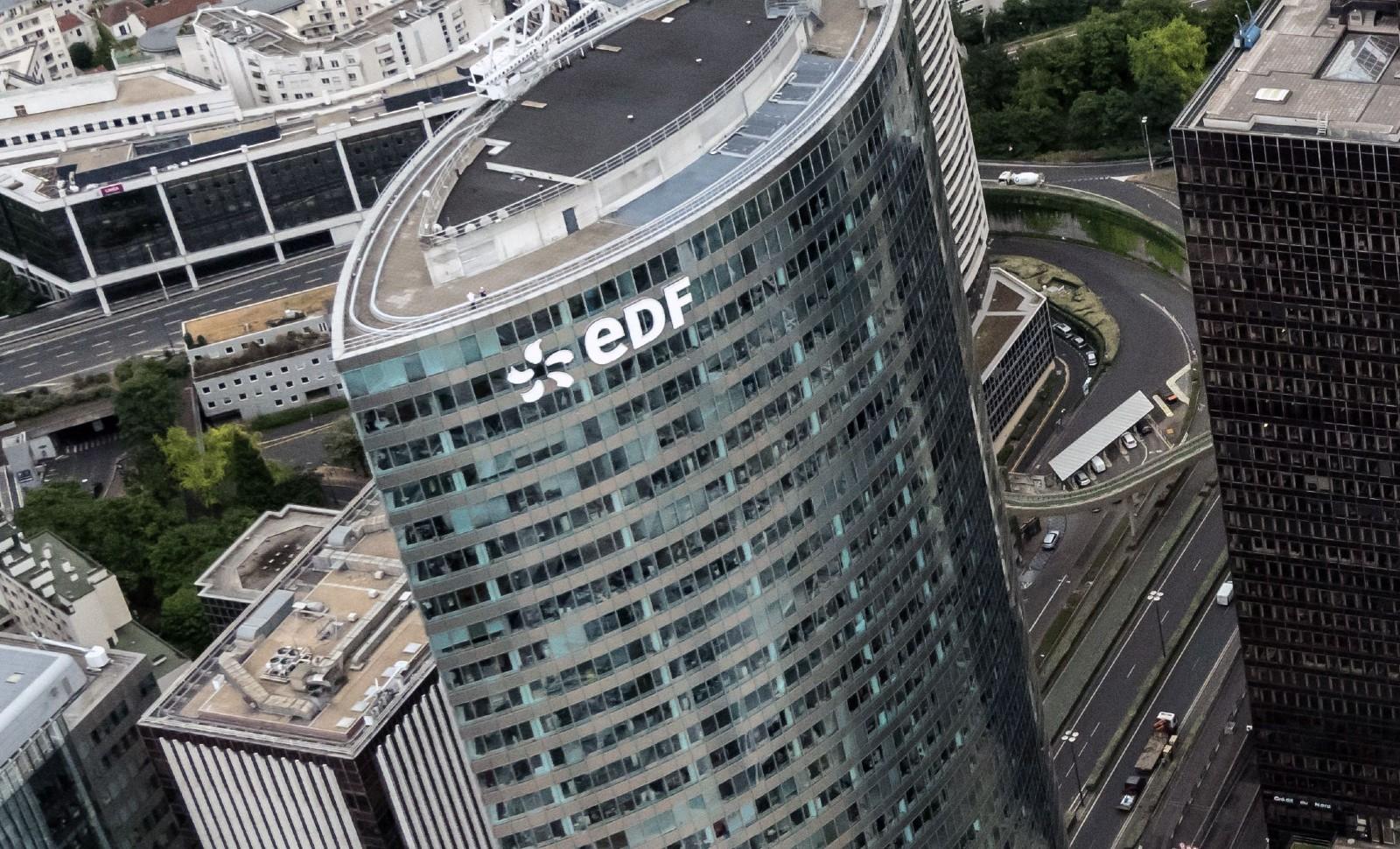 La Tour EDF (PB6) dans le quartier de la Défense, dans l'ouest parisien © MARIO FOURMU/SIPA Numéro de reportage : 00917792_000002