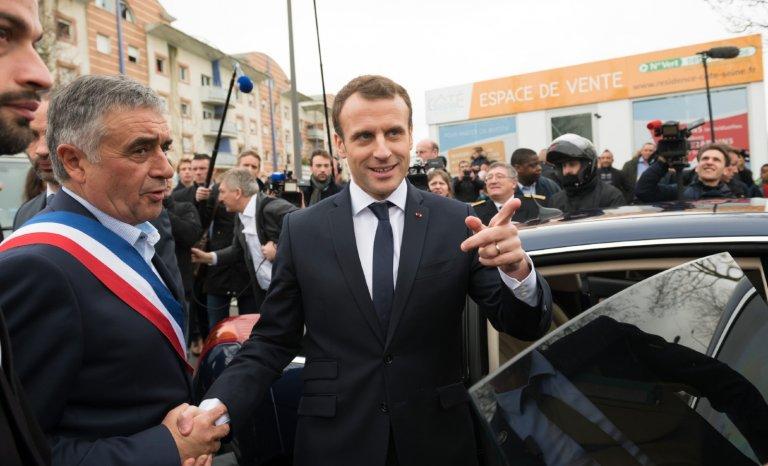 """Macron déclarera la guerre au """"séparatisme"""" demain, aux Mureaux (78)"""