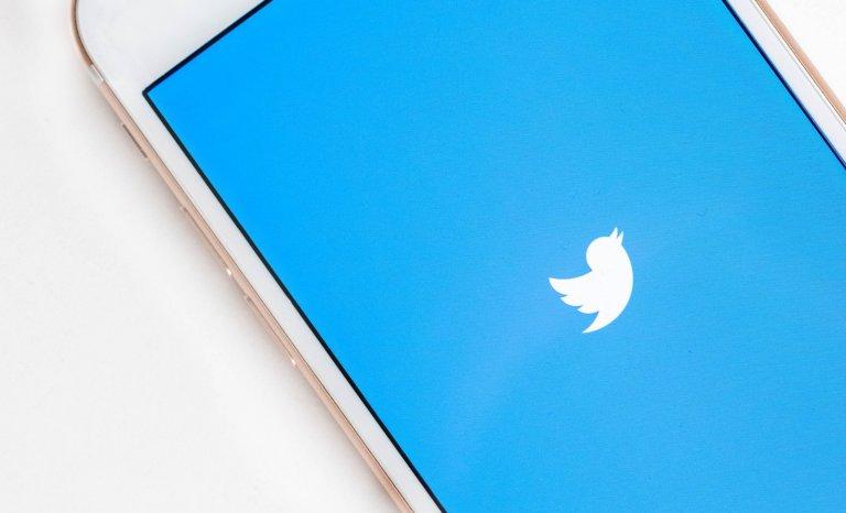 Quand Twitter invente la bêtise artificielle