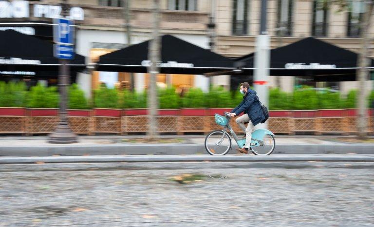 """Pourquoi """"les vélos"""" seraient-ils dispensés du masque?"""