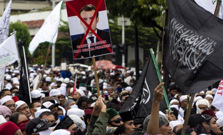 Des contradictions de la République et de l'idolâtrie dans l'islam
