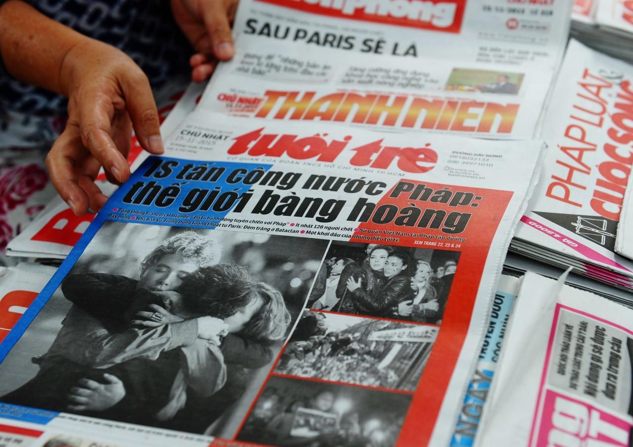 Marchands de journaux à Hanoï, Vietnam, 15 novembre 2015. © HOANG DINH NAM/AFP