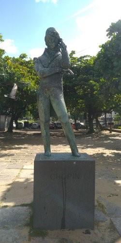 Statue de Frédéric Chopin à praia vermelha, Rio de Janeiro. Photo : Alexis Brunet.
