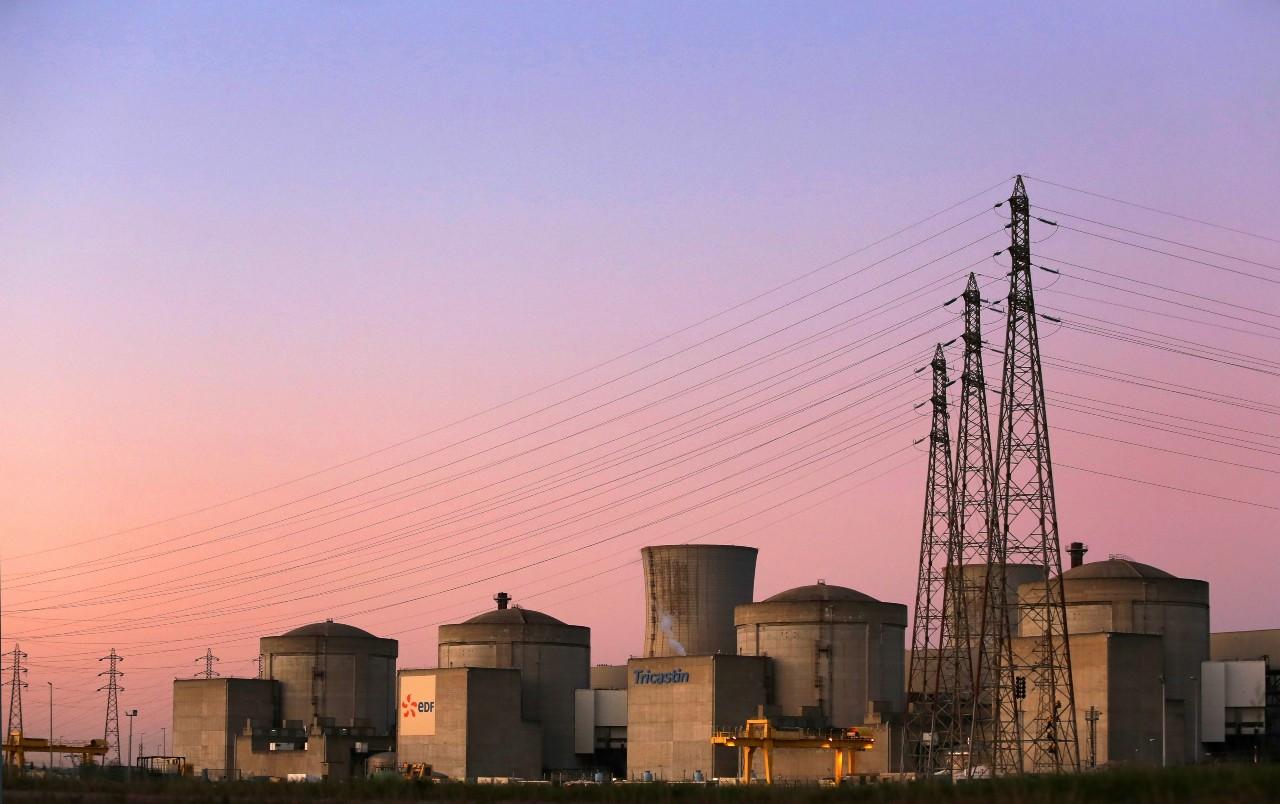 La centrale nucléaire du Tricastin dans la Drôme. © CHAUVEAU/SIPA Numéro de reportage : 00946652_000001