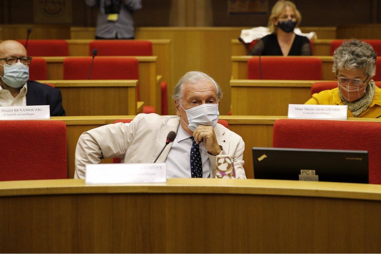 Jean-François Delfraissy, président du conseil scientifique, auditionné par la commission d'enquête du Sénat sur la gestion de la crise sanitaire, 15 septembre 2020.© AP Photo / François Mori