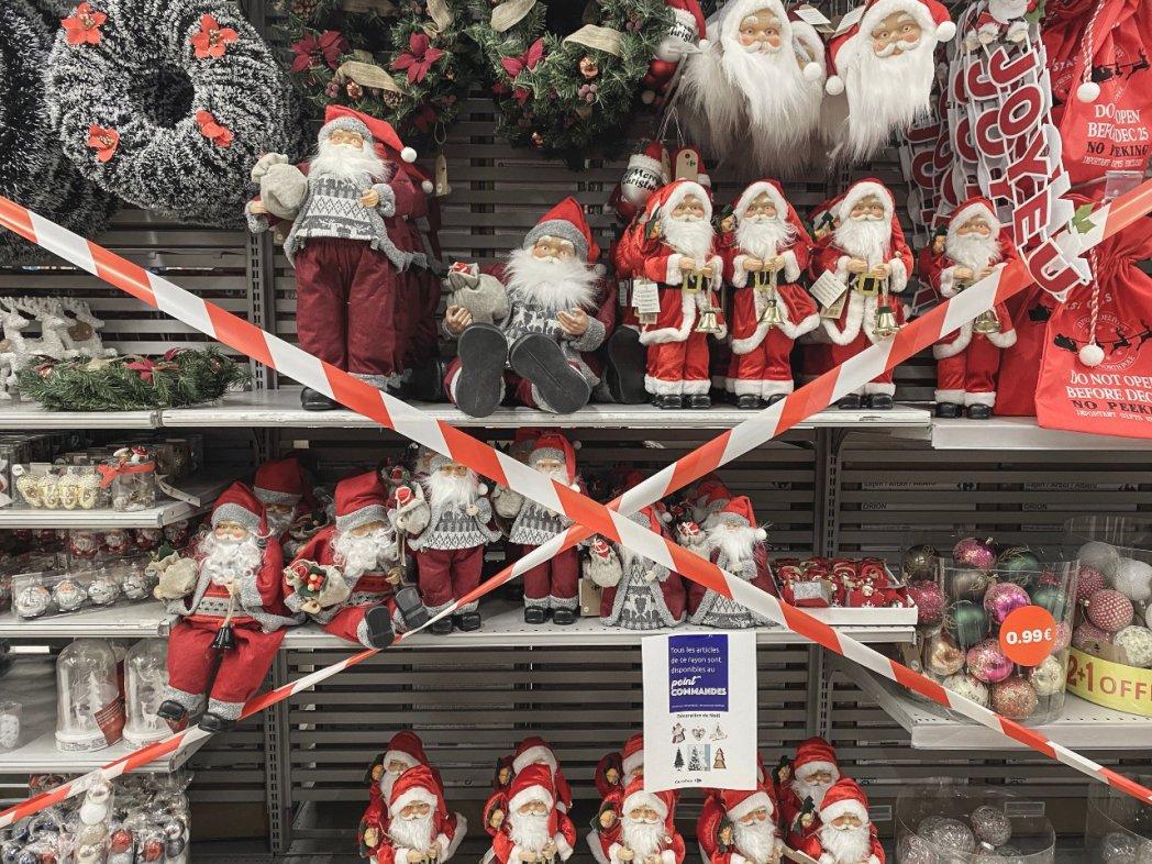 Supermarché Carrefour à Carcassonne, 10 novembre 2020.© Idriss Bigou-Gilles/Hans Lucas/AFP