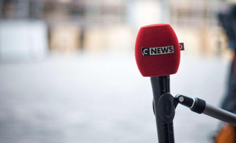 """""""Le Monde"""" s'inquiète: CNews s'est transformée en """"machine infernale"""""""