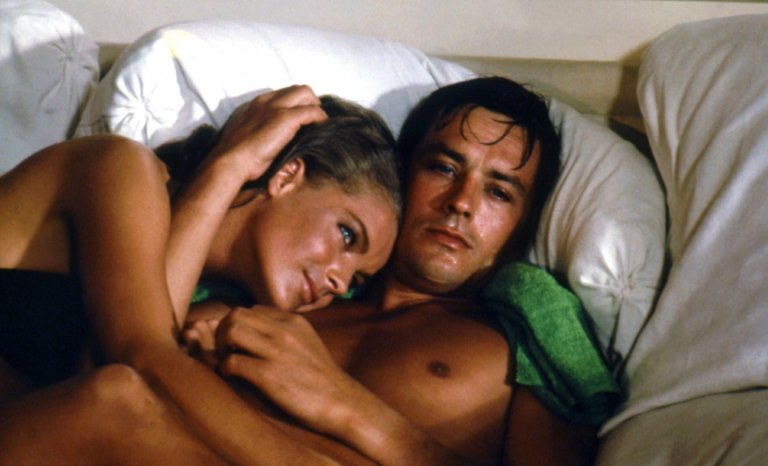 """""""La Piscine"""" de Jacques Deray: âpre et sensuel"""