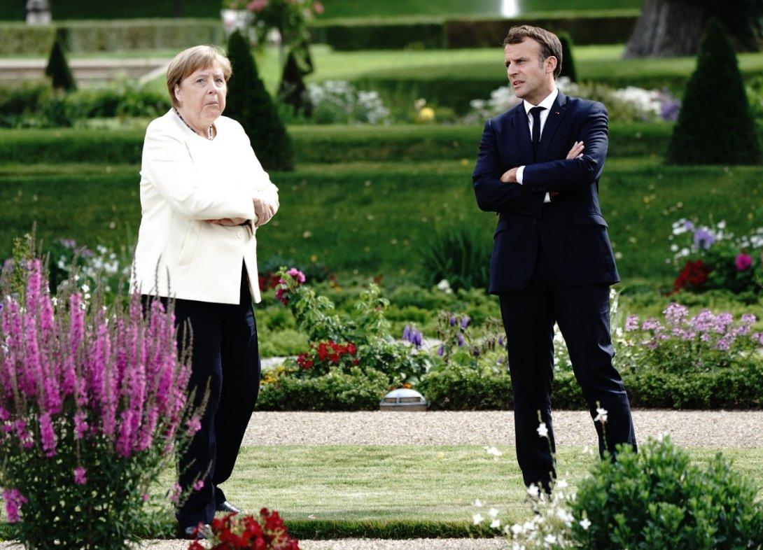 Angela Merkel reçoit Emmanuel Macron au château de Meseberg, près de Berlin, 29 juin 2020.© Kay Nietfeld/Pool/AFP
