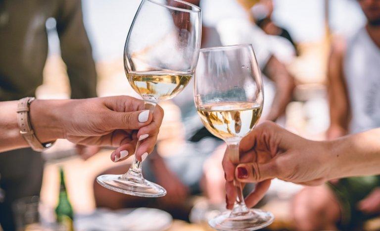 Œnologouine: le monde du vin libéré des hommes