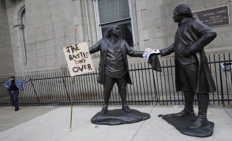 États-Unis: deux constitutions parallèles pour une Amérique déchirée