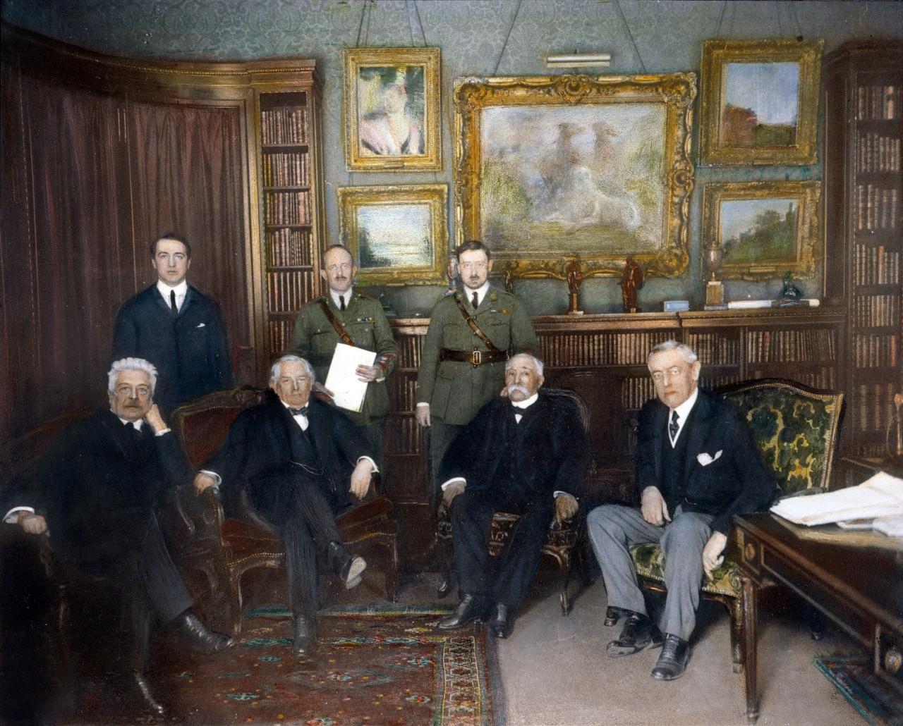 Vittorio Orlando (Italie), David Lloyd George (Angleterre), Georges Clemenceau (France) et Woodrow Wilson (États-Unis) à la conférence de la paix de Paris, en décembre 1918, qui aboutira à la signature du traité de Versailles. © Granger collection / Bridgeman images