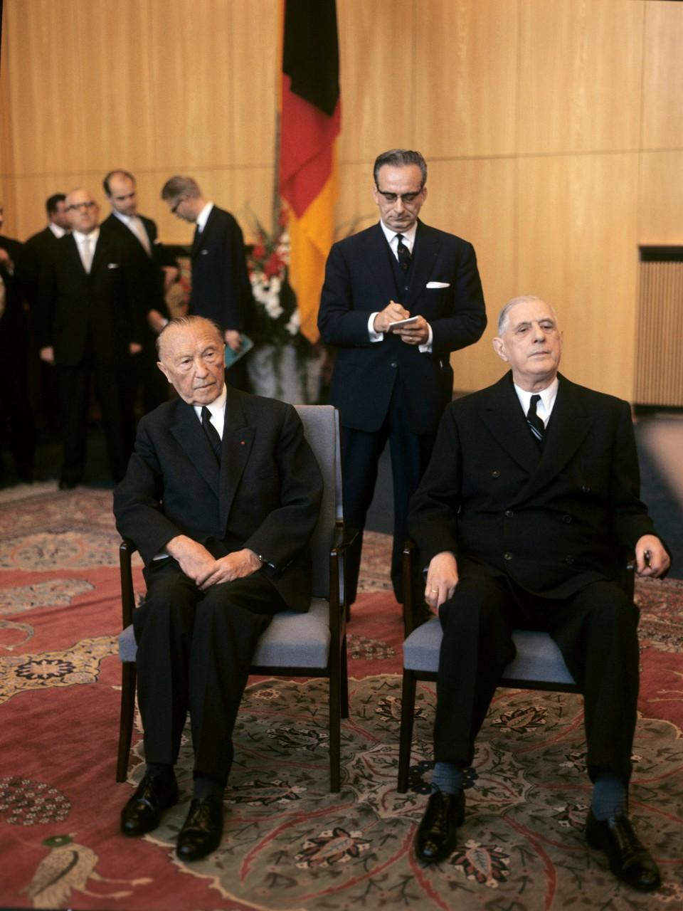 """Rencontre entre Konrad Adenauer et Charles de Gaulle à Cologne (Allemagne), septembre 1962. """"L'Europe des Six voulue par de Gaulle, c'est la France de Napoléon."""" ©DPA/Picture Alliance/Leemage"""