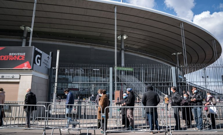 On a testé pour vous… la vaccination au Stade de France