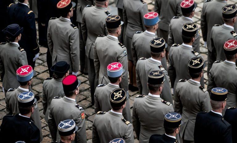 Tribune des militaires: on s'attarde sur l'écume des choses!