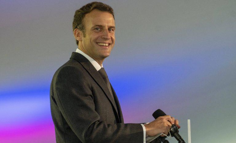 Et Macron parla de « chances pour la France » : sa langue a fourché ou quoi?
