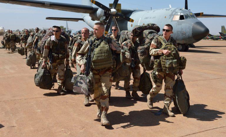 La France doit rester au Sahel