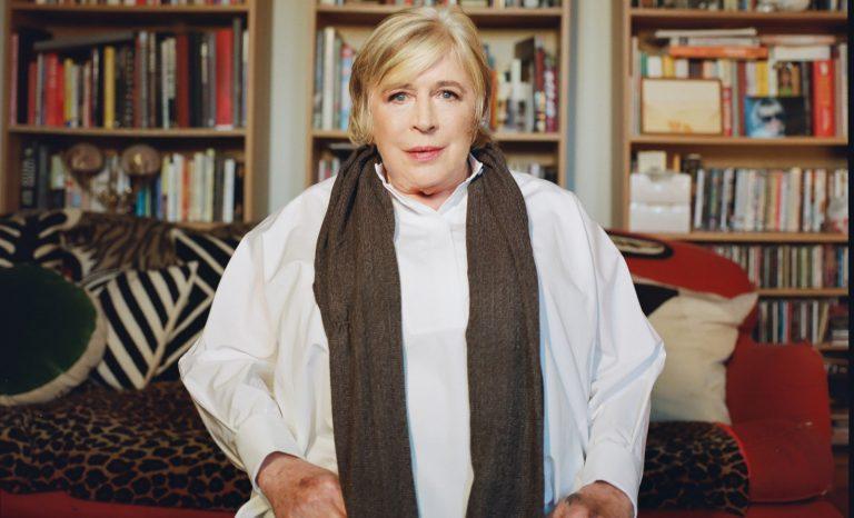 Je vous salue Marianne, pleine de grâce