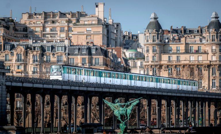 Rixe mortelle dans le métro parisien: les Français vont-ils s'habituer?
