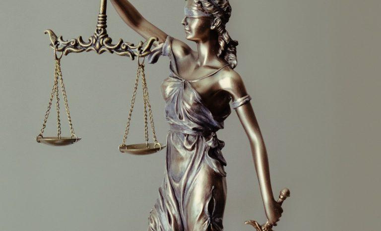 Qui jugera les juges?