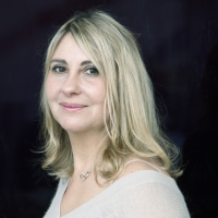 Flora Fischer (Docteur F)